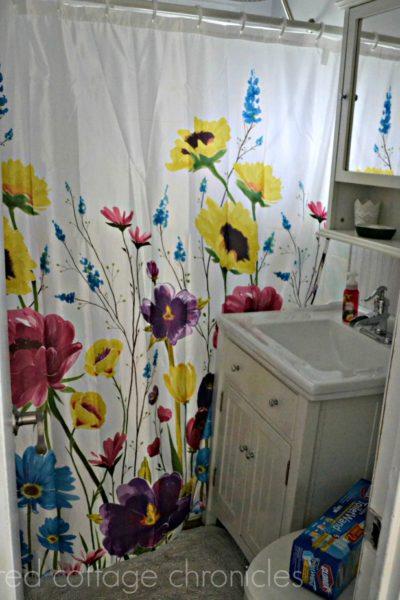 Freshening Up The Bathroom for Spring!