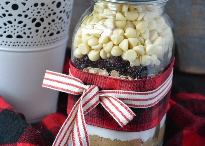 Taste of Home Tuesday – Cookies in a Jar