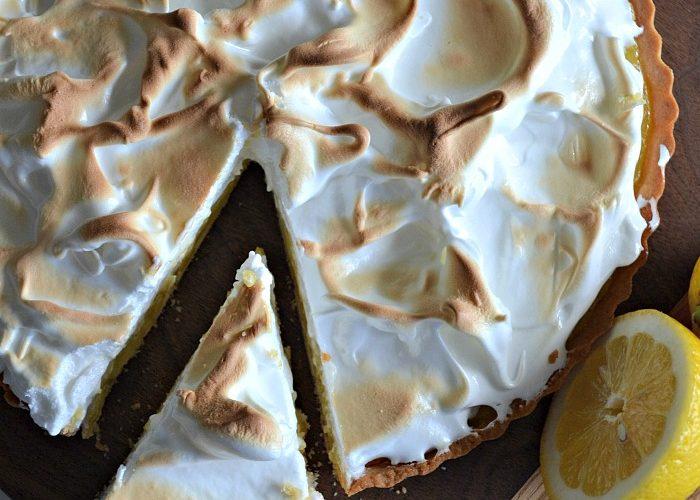 Lemon Meringue Pie – The Secret to the Best Meringue!