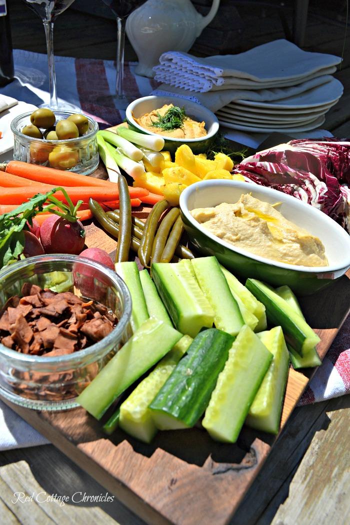 veggie board fresh vegetables and fruit