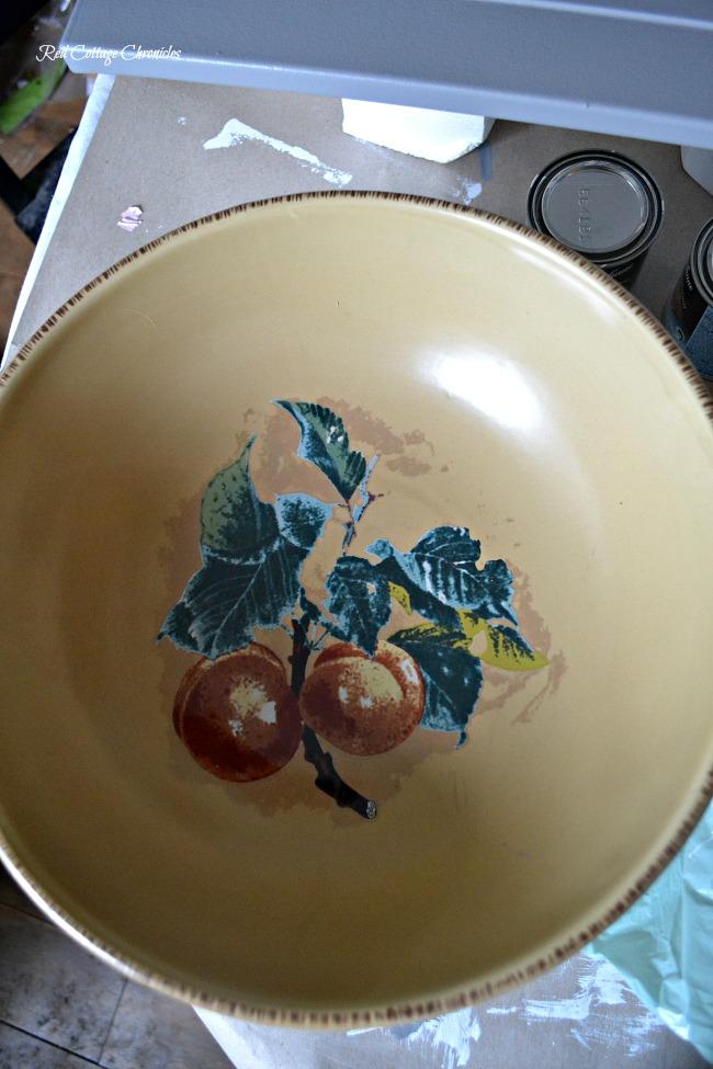 Looking for DIY birdbath ideas? Try upcycling a fruit bowl