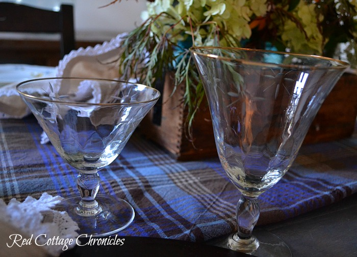Ideas for putting together an early Autumn Tablescape