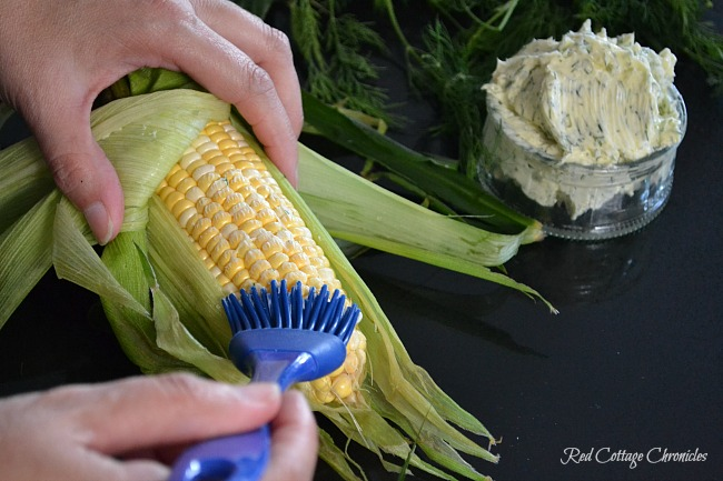 Grilled Corn on the Cob with Dill Butter