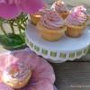 (Un)spiked raspberry lemonade cupcakes