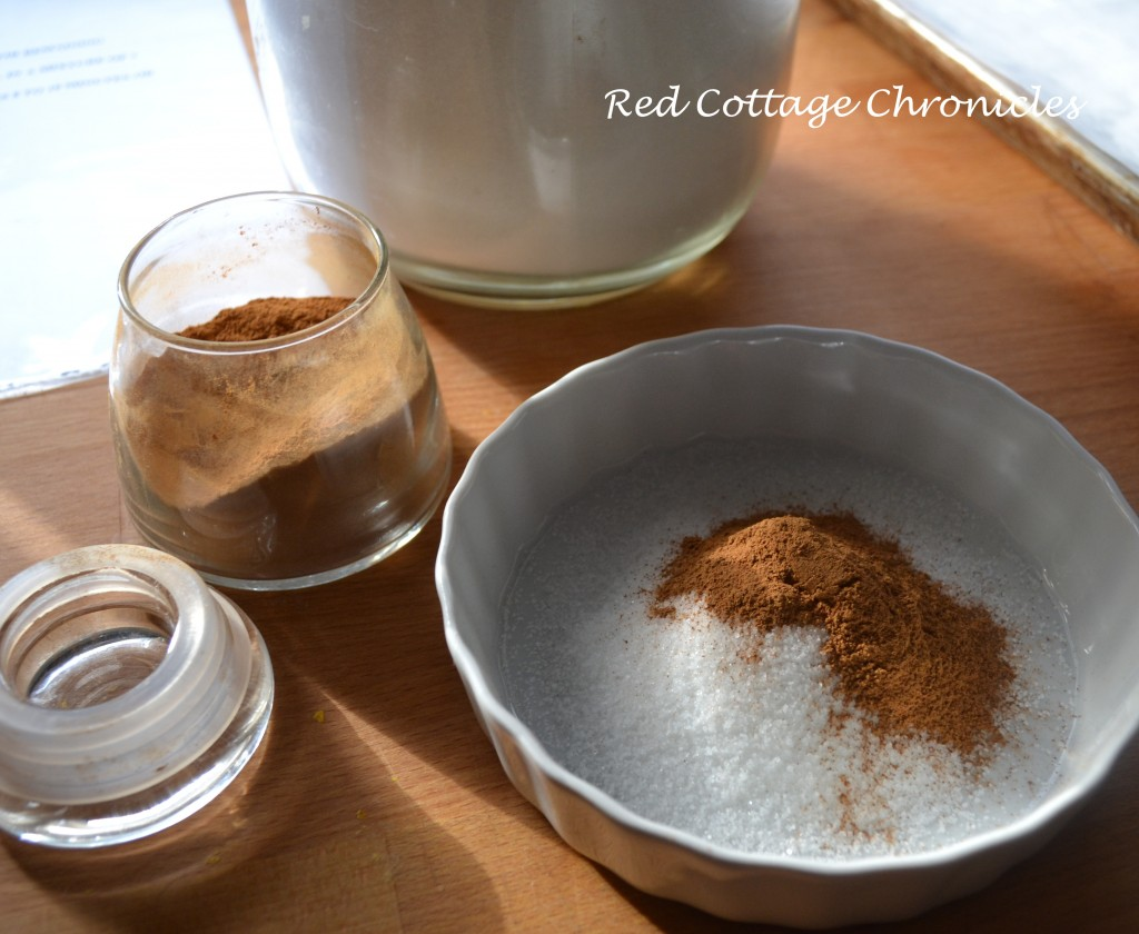 Mix 1 tablespoon of sugar with 1 teaspoon of cinnamon