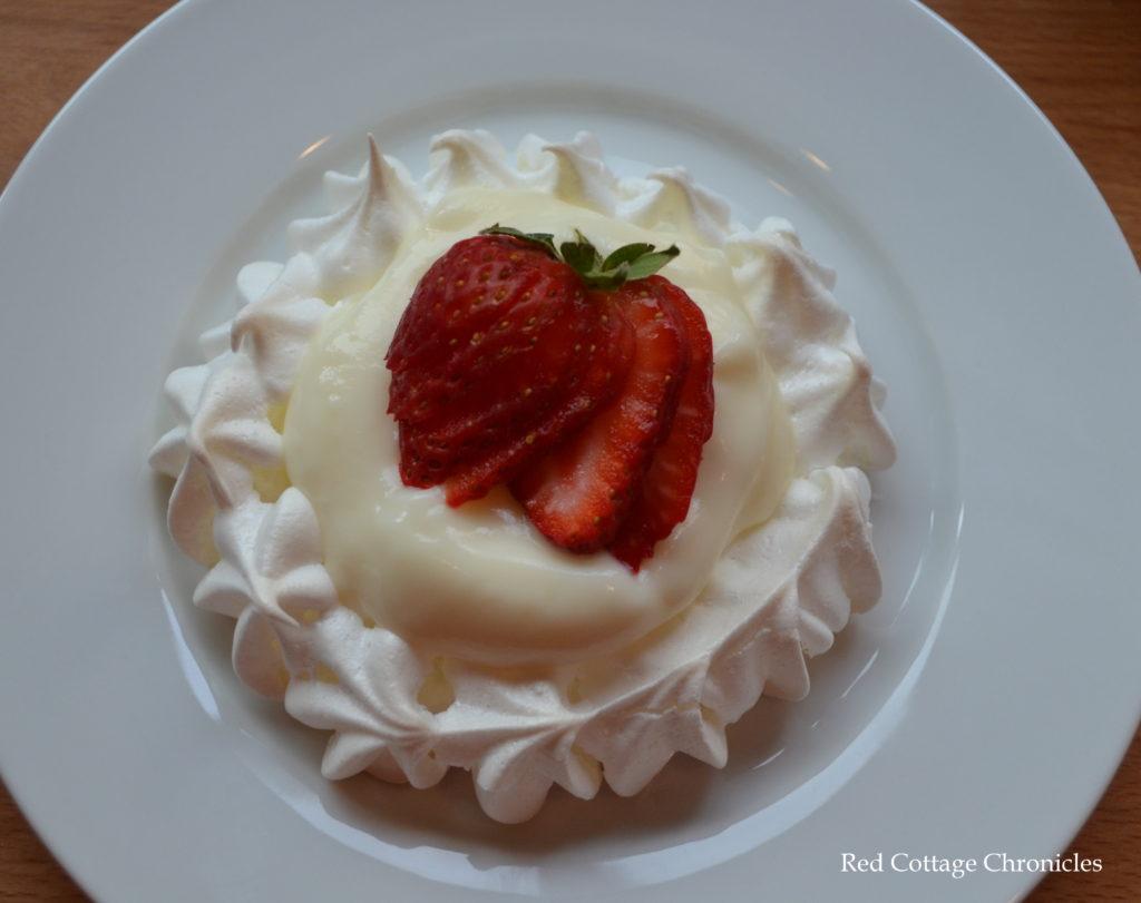 strawberry lemon tart