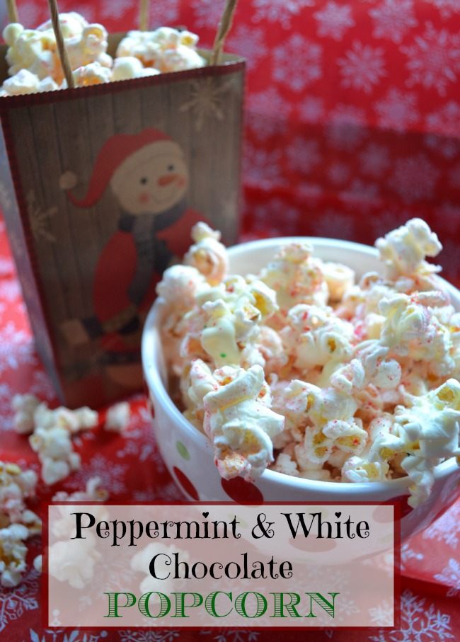 Christmas popcorn made with white chocolate and crushed candy canes