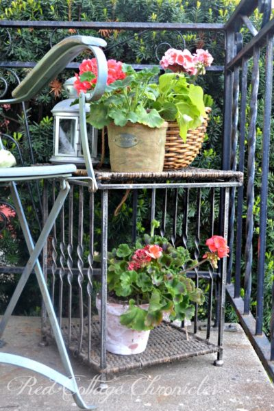 Bright and colorful style for a small porch