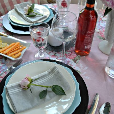 Table for Two – Getting Back to Leisurely Dining