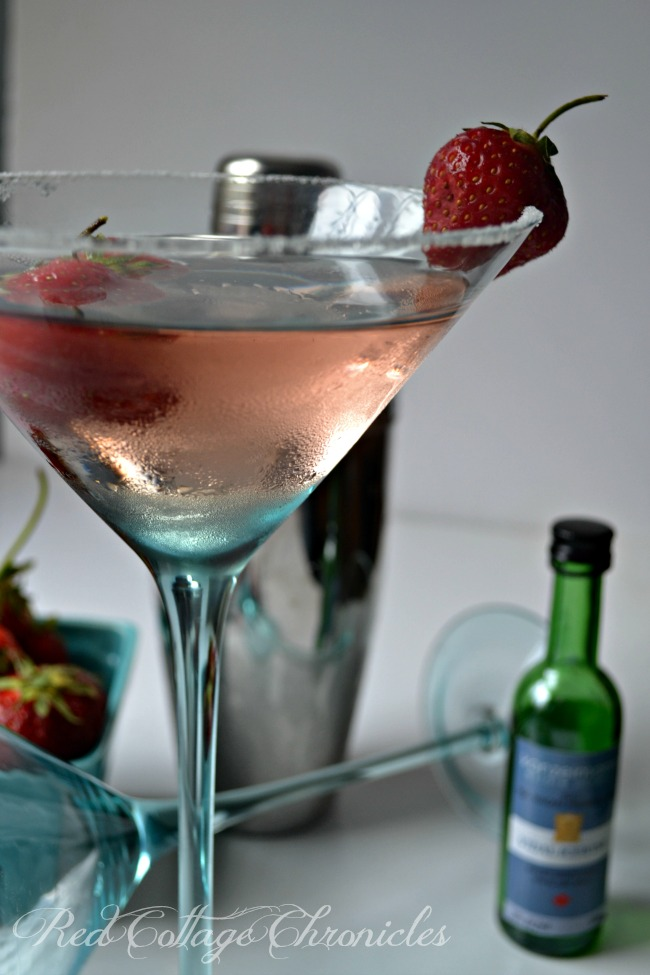 Strawberry Ice Wine Cocktail