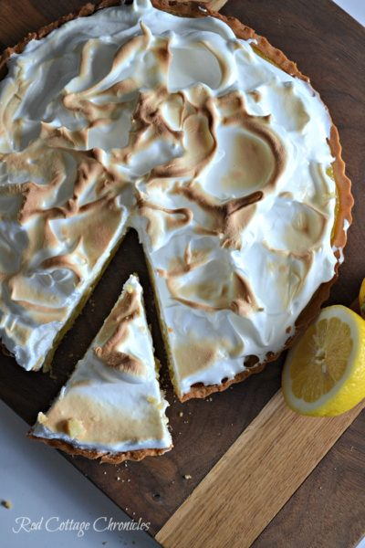 Lemon Meringue Pie – The Secret to the Best Meringue!
