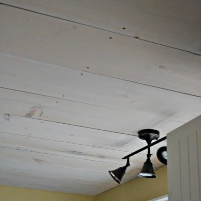 One Room Challenge – Pine Plank ceiling