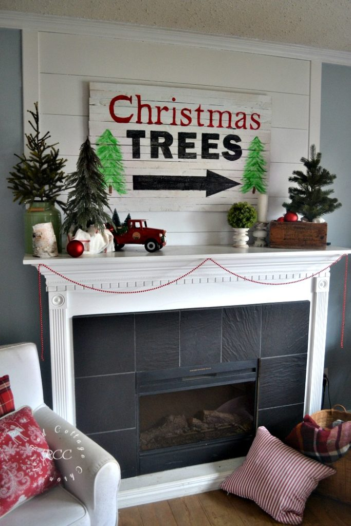 Christmas Mantels and more Christmas decor ideas