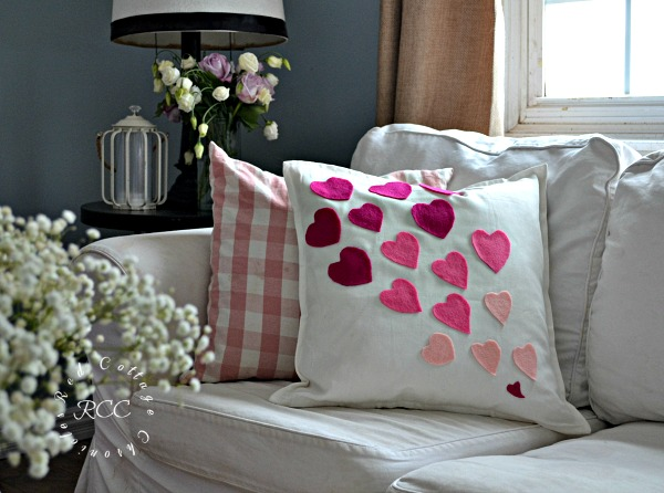 no sew crafts - easy no sew Valentine pillow cover