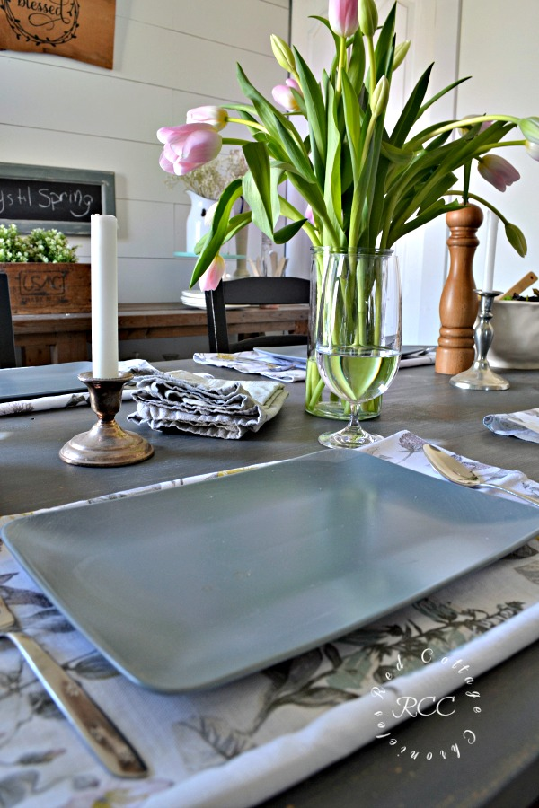 setting everyday tablescapes is a simple and inexpensive thing you can do to encourage a return to the table to enjoy a leisurely dinner