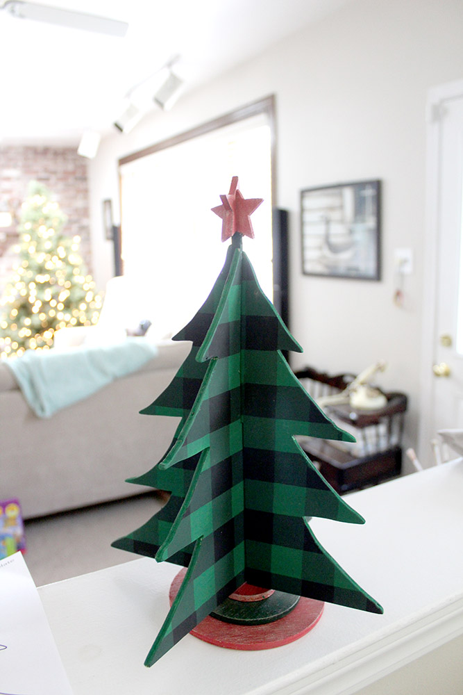 10 DIY Wood Christmas Decorations