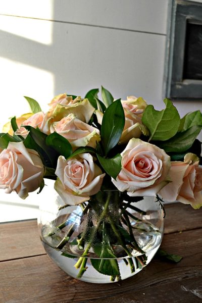 How to Arrange Roses