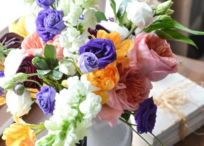 Market Flower Monday – Hand Tied Bouquet