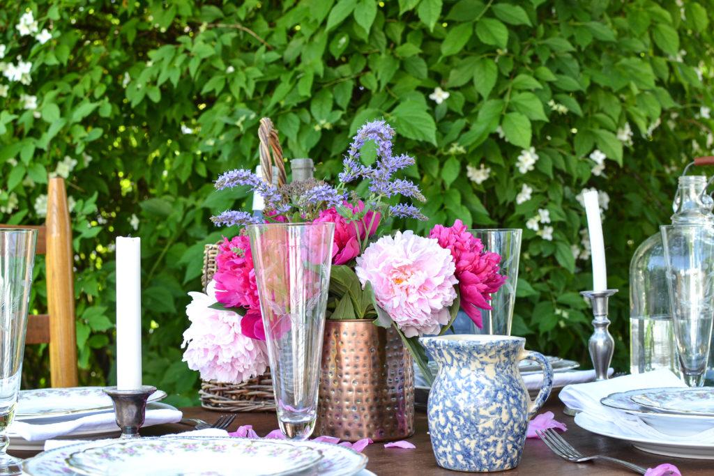 garden tablescapes