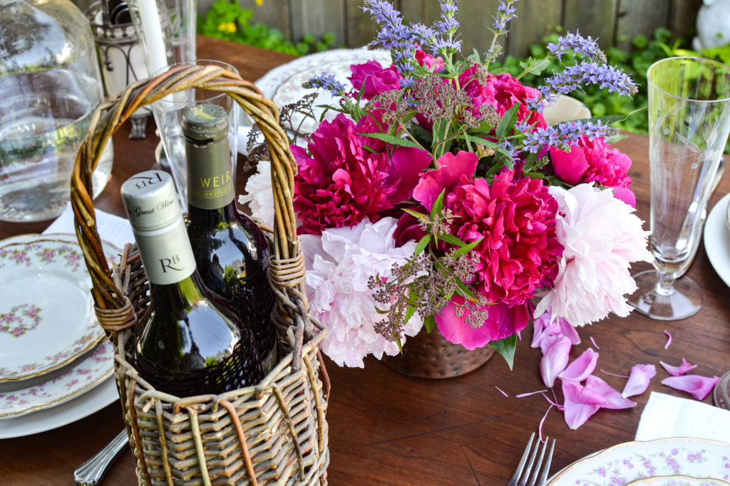 french inspired garden tablescapes