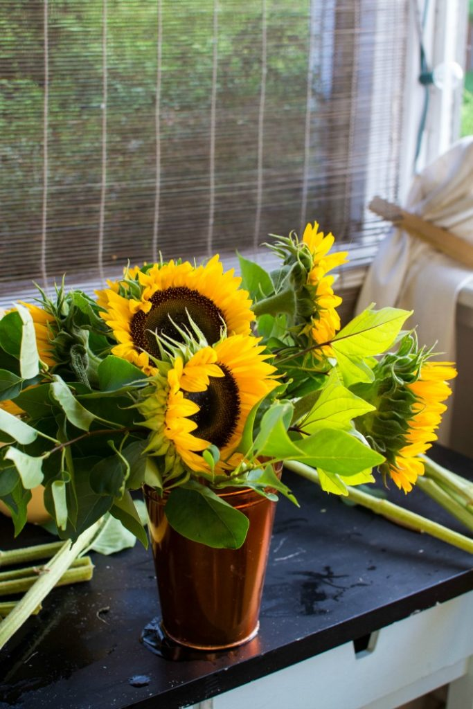 sunflower arrangements ideas