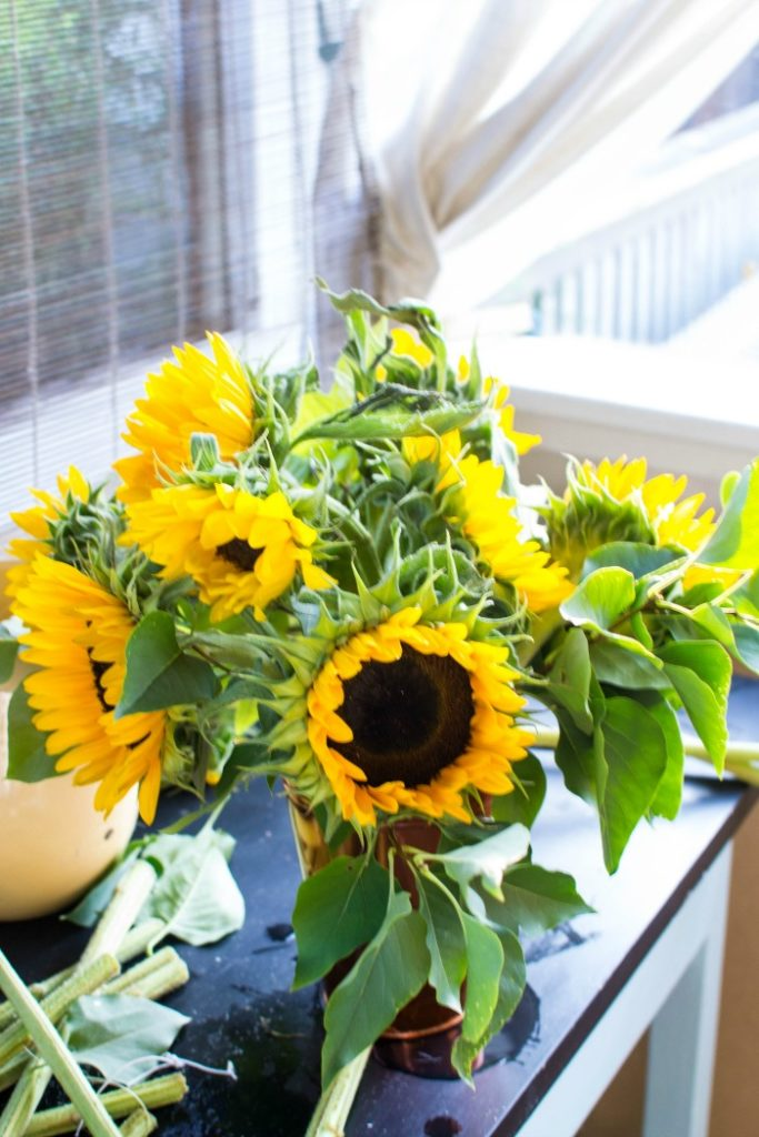 DIY Sunflower arrangements for the table