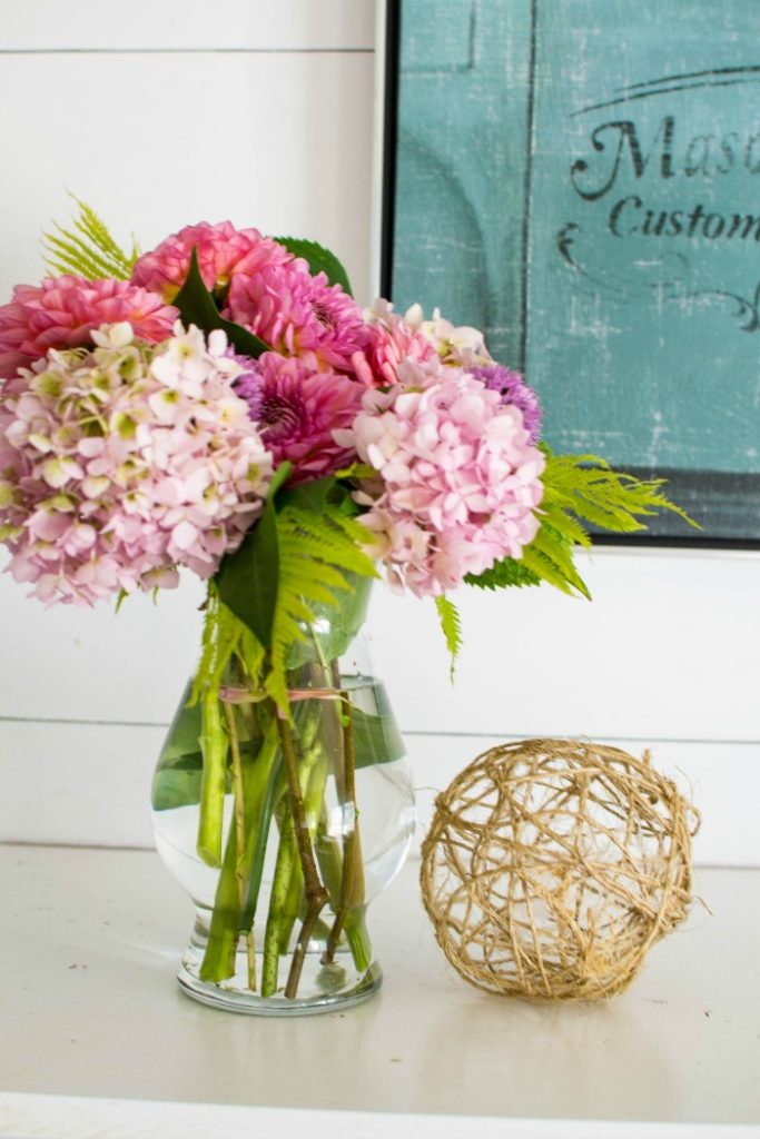 3 easy dahlia arrangements