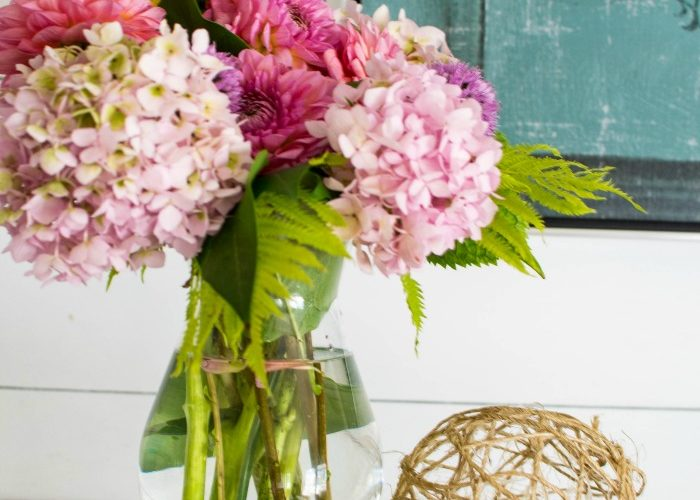 3 easy dahlia arrangements