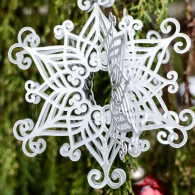 how to make a 3D snowflake ornament
