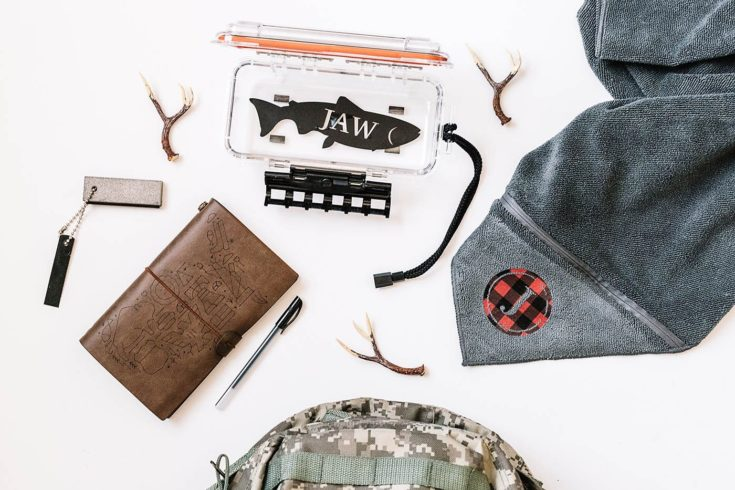 Personalized Gifts for Outdoorsmen using the Cricut Explore Air 2