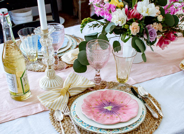10 tips to help you with your spring dining table decor
