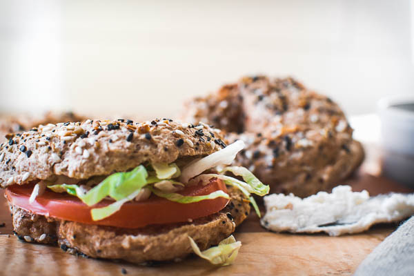 whole wheat everything bagels that are easy to make