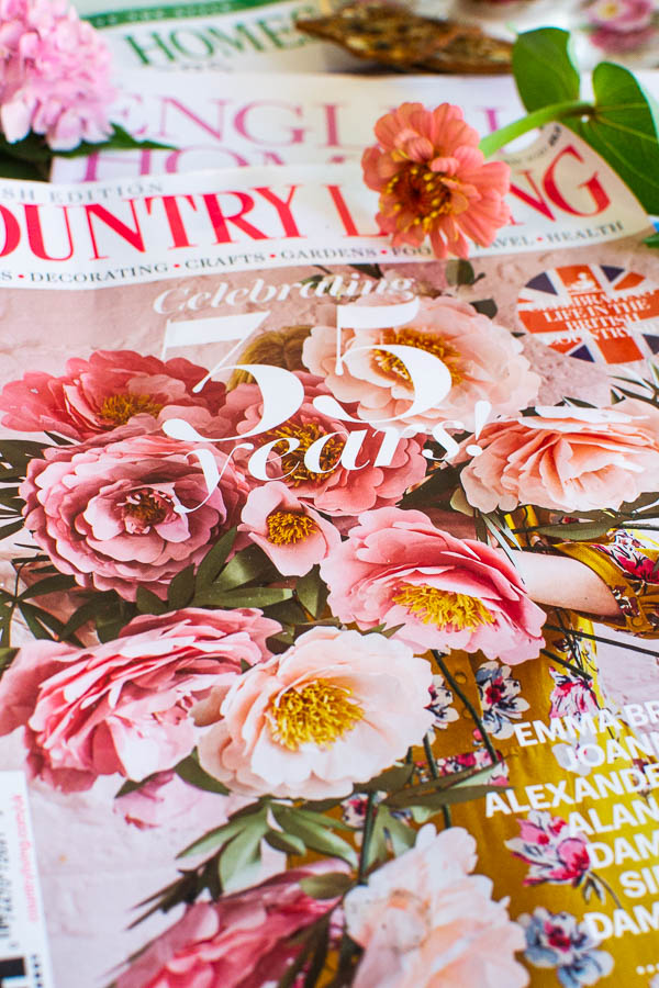 English magazines featuring country cottage decor