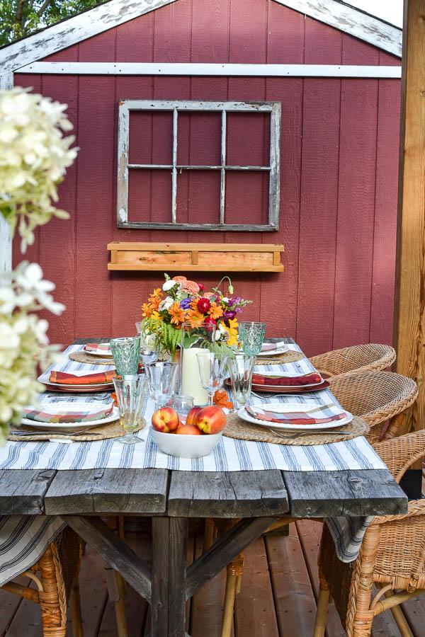 alfresco tablescape for fall