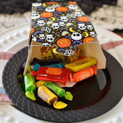 Simple Halloween Table Decorations
