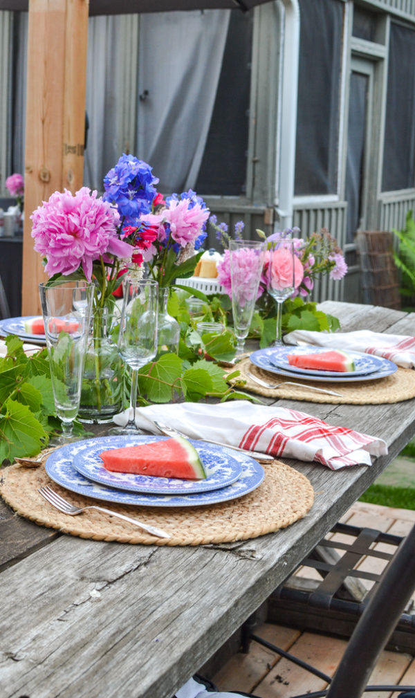 Summer tables cape