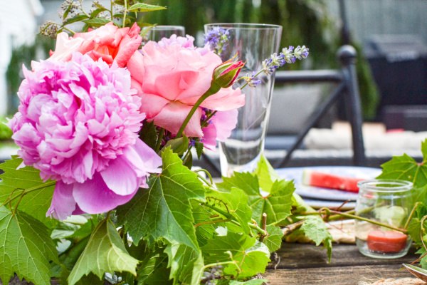 summer dinner party ideas for the table