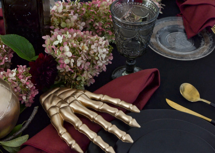 Halloween Wedding Tablescape ideas
